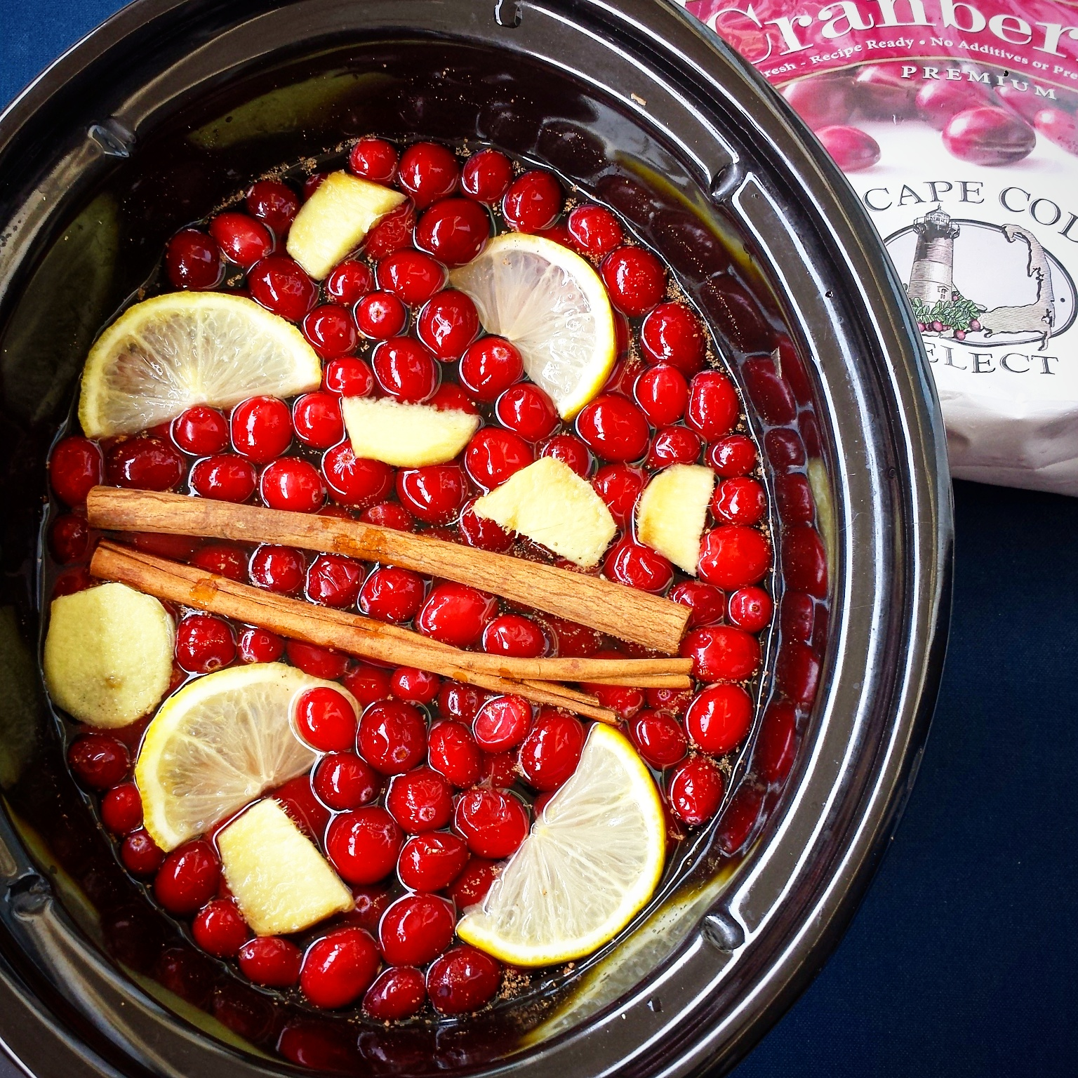 Slow Cooker Homemade Cranberry-Ginger Juice - Fit Slow Cooker Queen